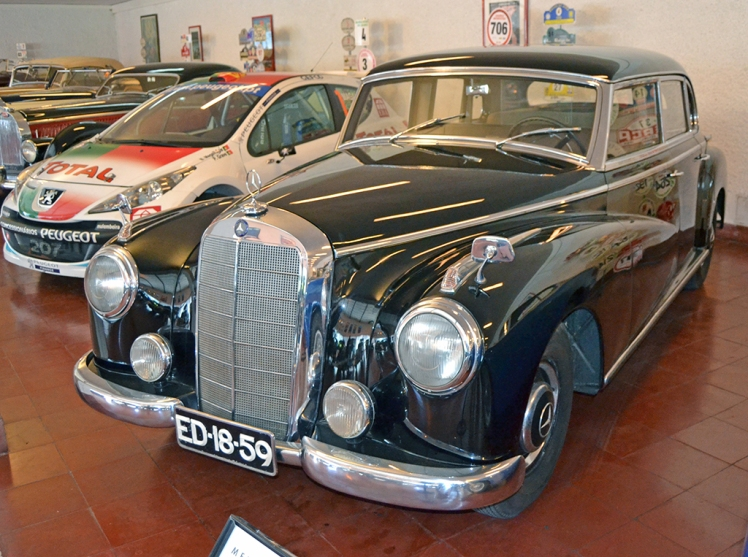 Mercedes Benz Adenauer