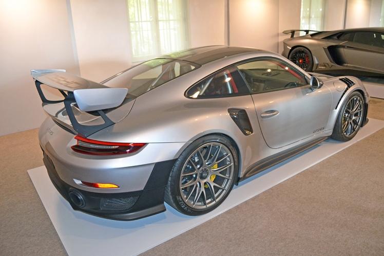 Porsche GT2RS (2)