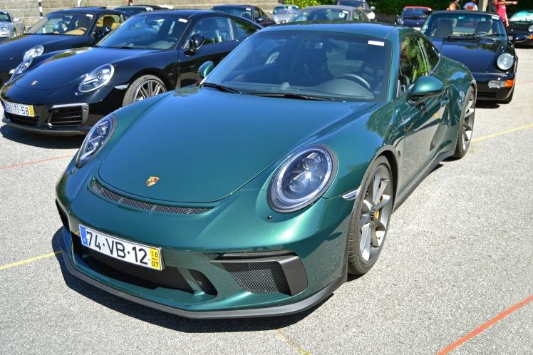 Porsche GT3 Touring Pack (1)