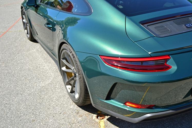 Porsche GT3 Touring Pack (3)