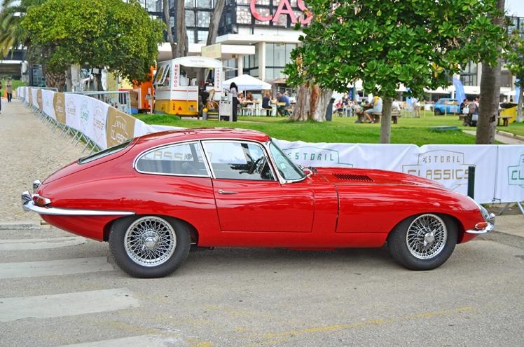 Jaguar E-Type FHC (2)