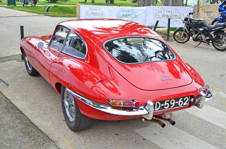 Jaguar E-Type FHC (3)