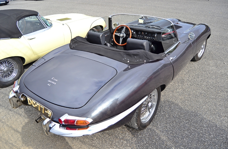Jaguar E-Type Series 1 Convertible (5)