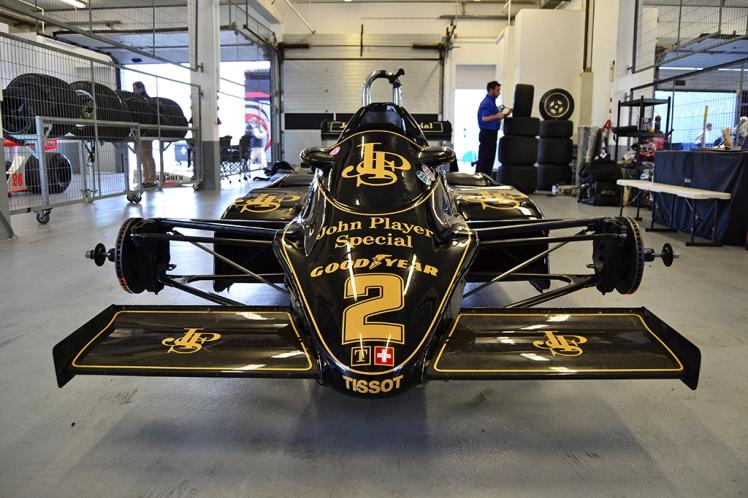 Lotus 91 (2)