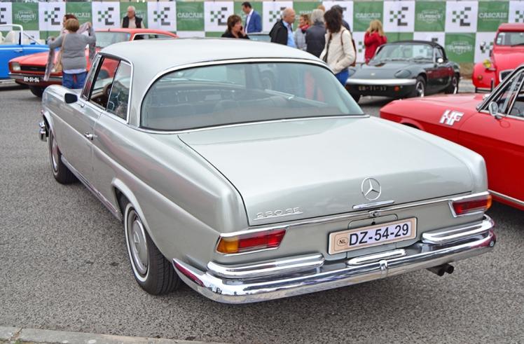 Mercedes-Benz 280SE (2)